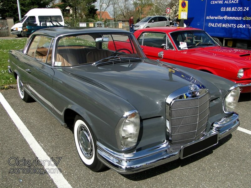 mercedes-220se-coupe-w111-1961-1965-01