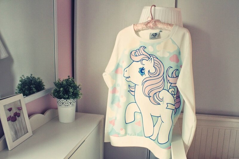 petit-poney-pull_effected