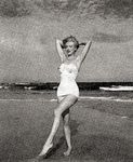 1949_tobey_beach_by_dedienes_087_1