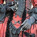 Carnaval vénitien annécien (4) rouge et noir...
