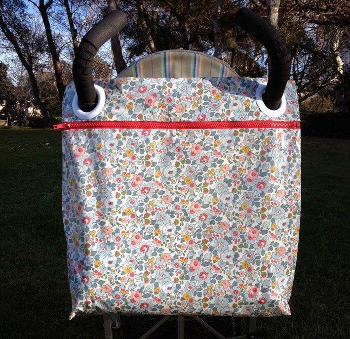 sacs poussette suite de l 39 aventure minots cie et made in marseille. Black Bedroom Furniture Sets. Home Design Ideas