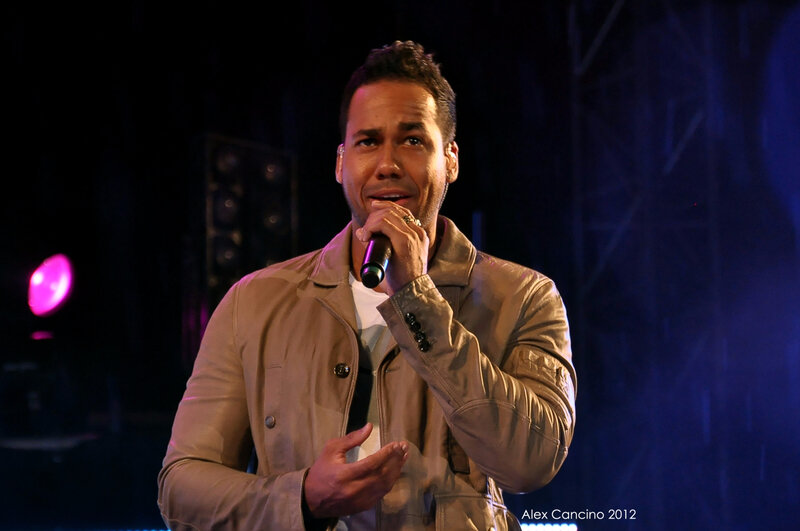 Anthony_Romeo_Santos