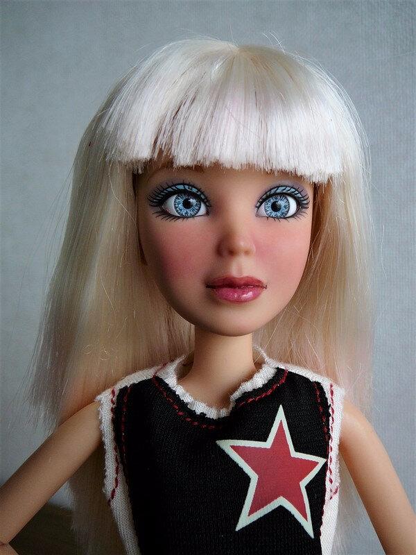 03 Sophie blonde relookée