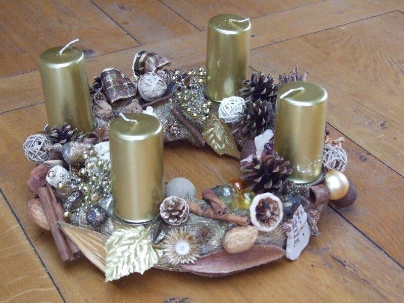 2008 couronne de l 39 avent photo de couronnes de porte et - Couronne de l avent bricolage ...
