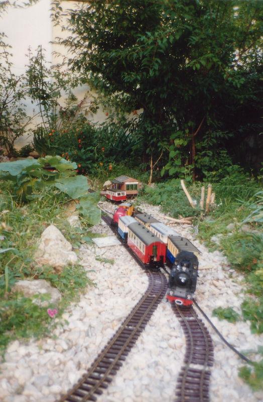 Croisement sur le futur emplacement de Bellevine 1990