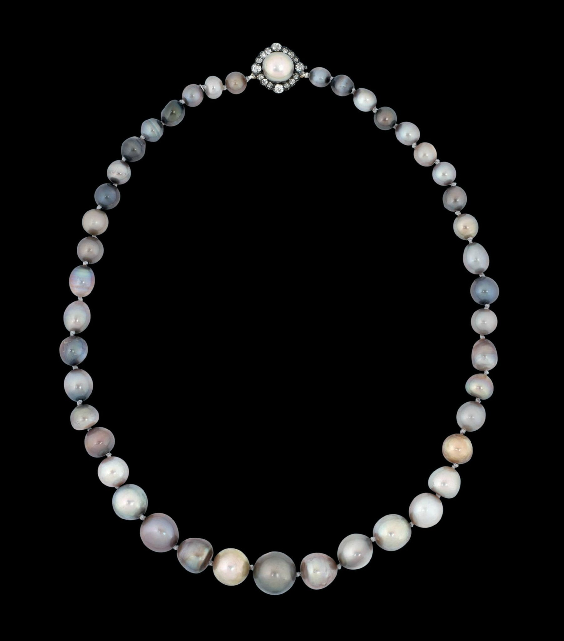 Royal Pearls. Queen Isabella II of Spain's natural coloured pearl necklace