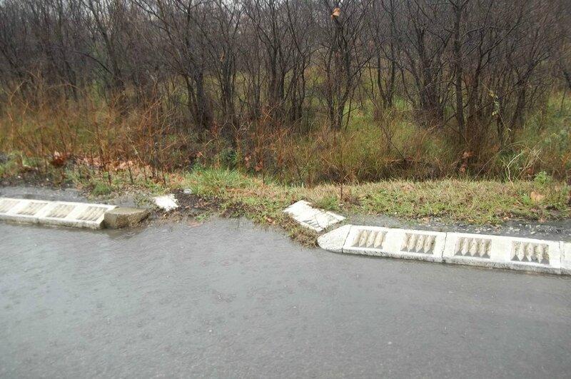 route pleine d'eau fossée sec !
