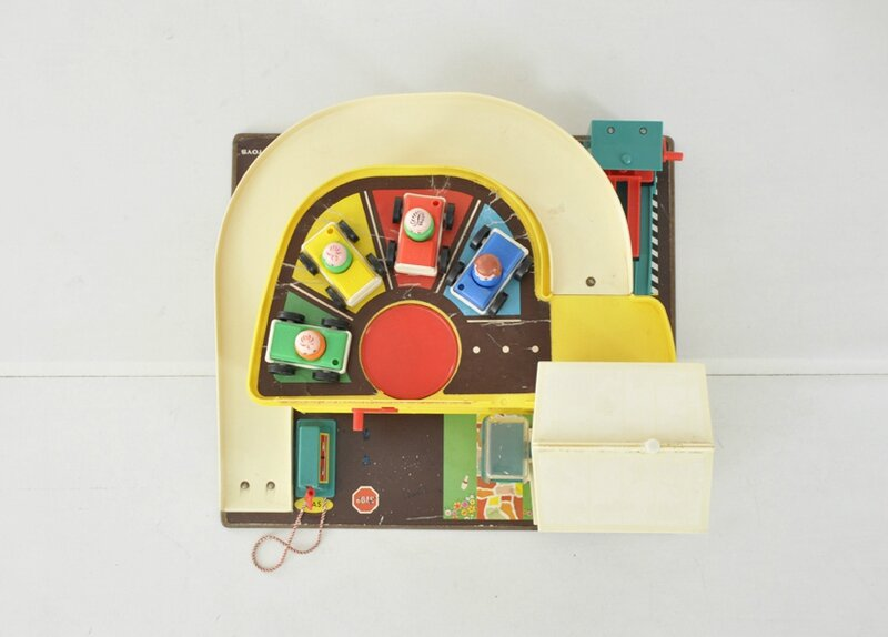 garage-fisher-price-6
