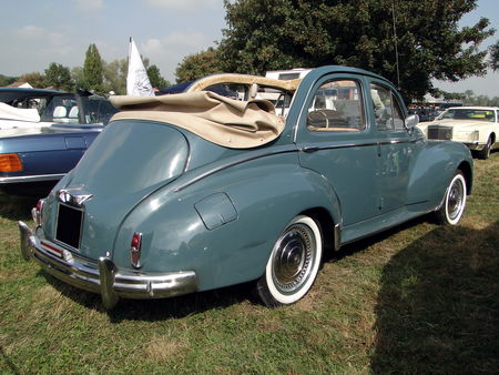 PEUGEOT 203 Grand Luxe Decouvrable 1950 1954 Nesles Retro Expo 2009 3