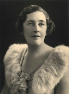 agatha-christie-glam-photo
