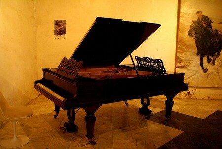 piano_1071