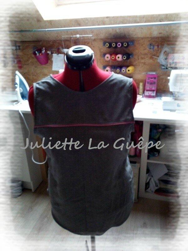back is back gris à pois passepoils rose