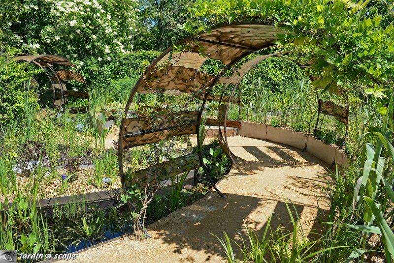 1505-Le-jardin-déchêné