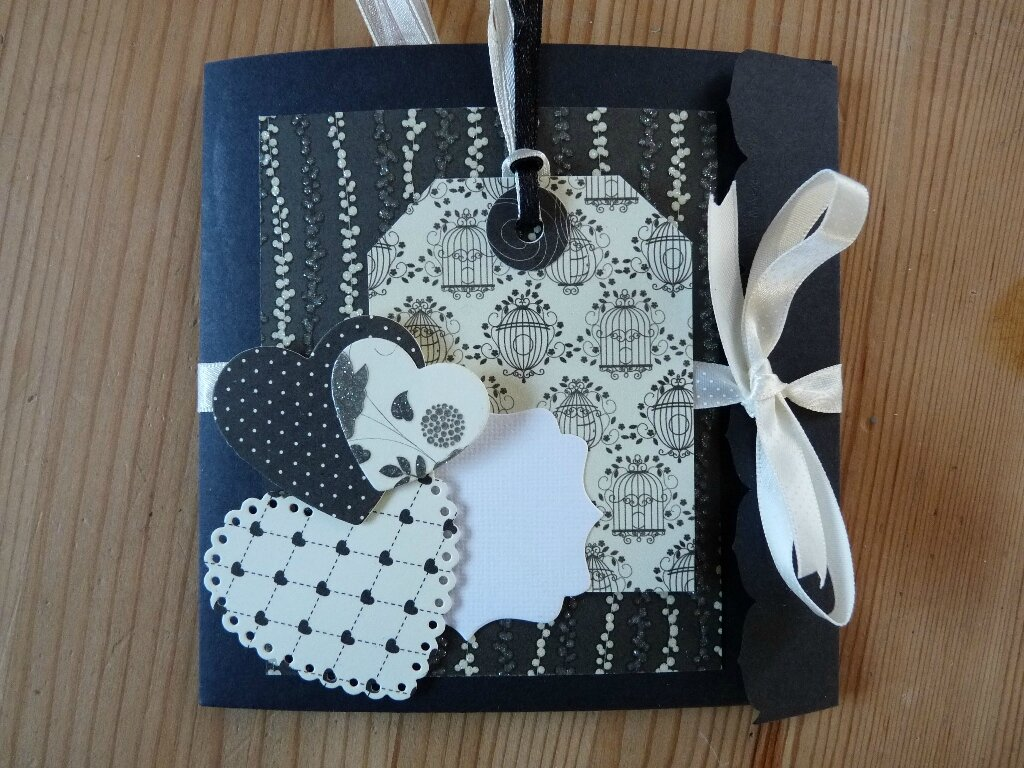 Pati Hands  Scrapbooking