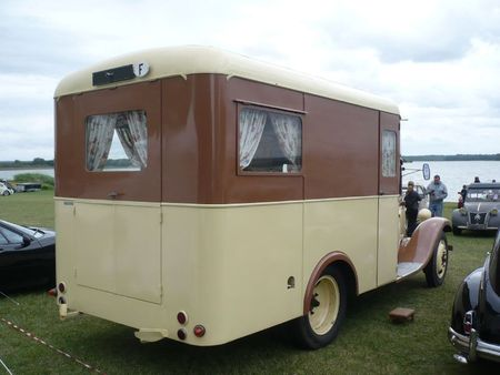 CITROËN T23 camping car 1938 Madine (2)