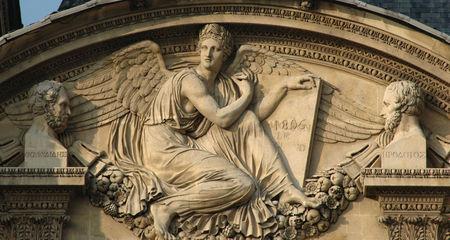 Louvre_Cour_Carree_Moitte_Loi