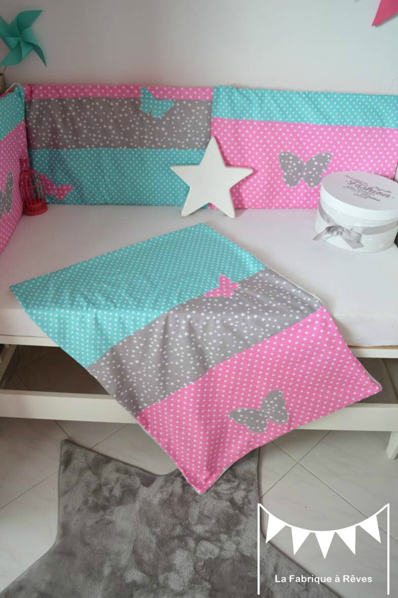 couverture linge lit b b fille rose turquoise gris toiles pois papillon photo de 0 dispo. Black Bedroom Furniture Sets. Home Design Ideas