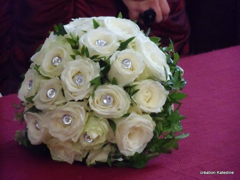 Bouquet de mariee mailart katedine art postal coups for Bouquet de roses blanches