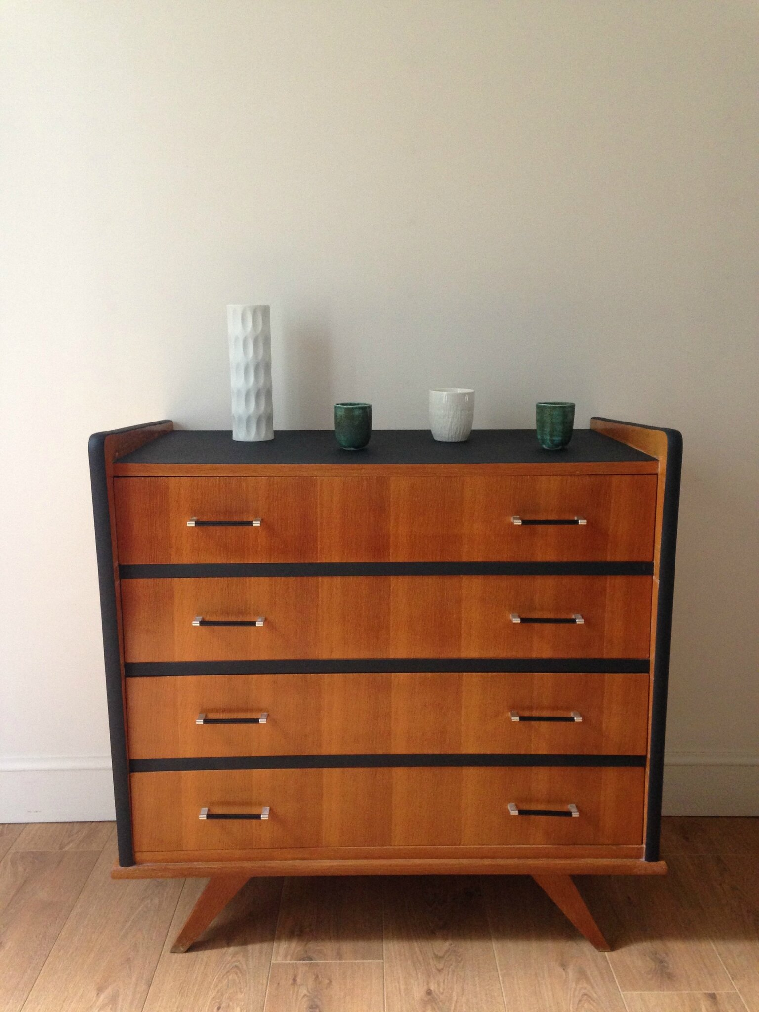 commode monsieur meuble commode uumonsieur bohouu. Black Bedroom Furniture Sets. Home Design Ideas