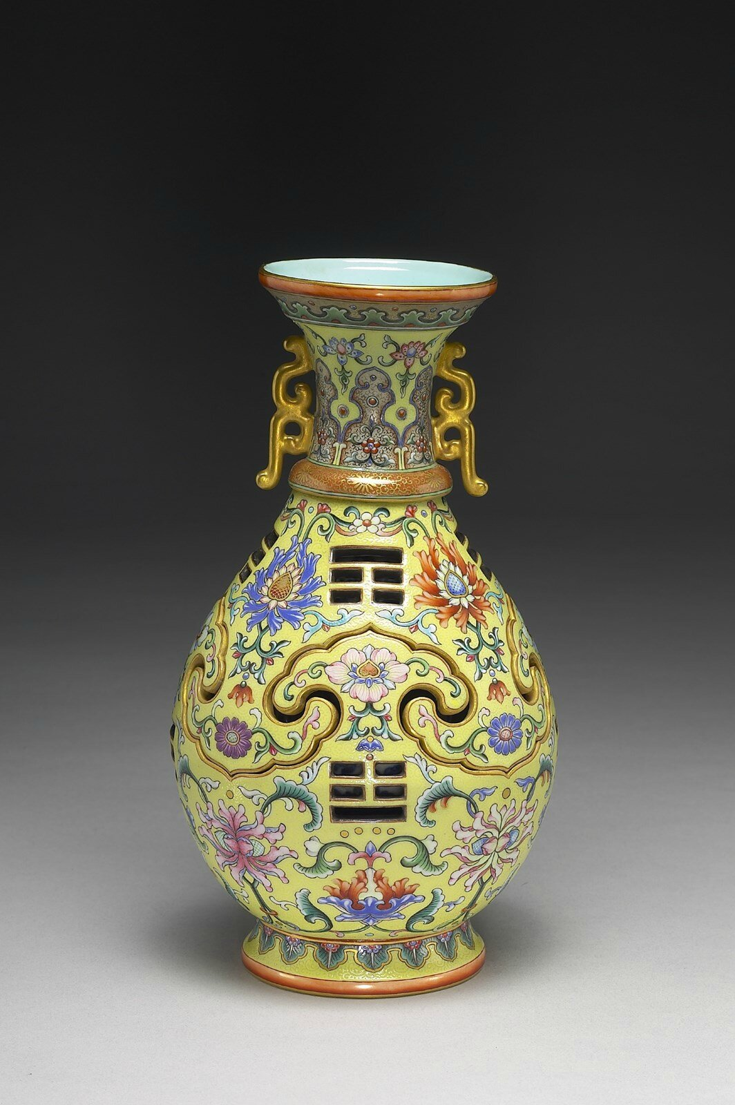 Major Exhibition of Masterpieces from the National Palace Museum, Taipei, Presented in Houston