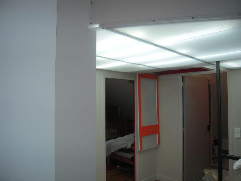 faux plafond plexiglass d poli atelier a coeur vaillant. Black Bedroom Furniture Sets. Home Design Ideas