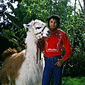 michael-and-his-animals-michael-jackson-31096860-1600-1538