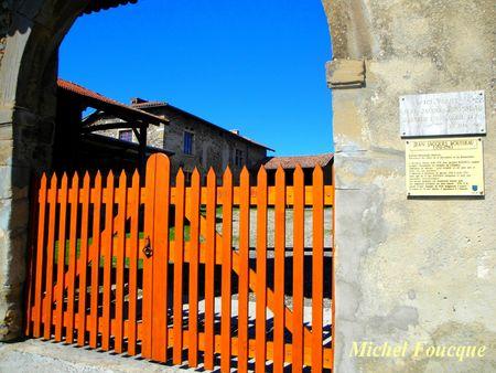 4) entrée Ferme de Montquin