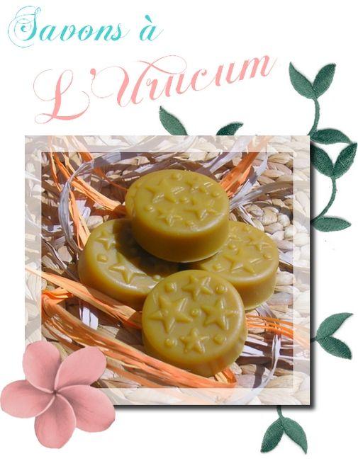 savon naturel fait maison BIO a l'urucum ou roucou et aux huiles essentielles