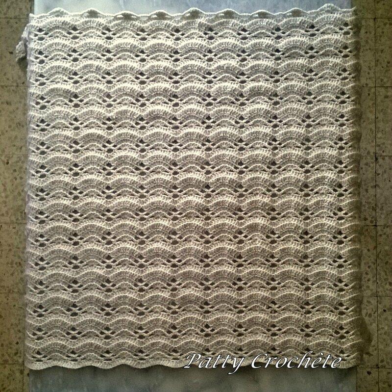 La petite grise en beige 87x67 cm