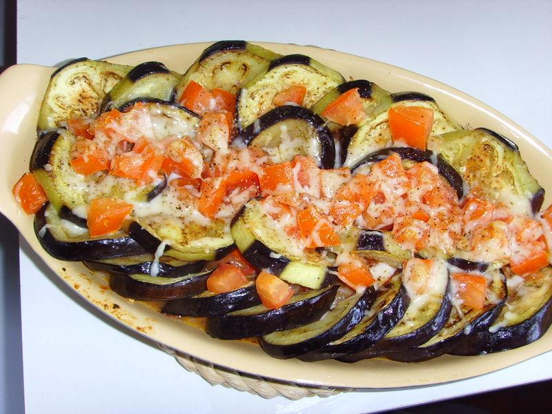 Gratin d'aubergines et aux tomates