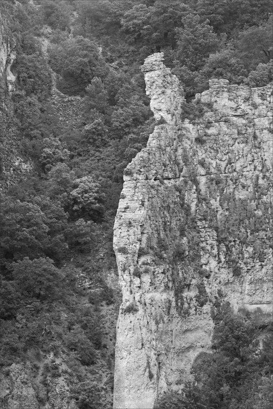 Haut Aragon juin 2017 J4 Guara Rodellar 7 Masclun falaise nb