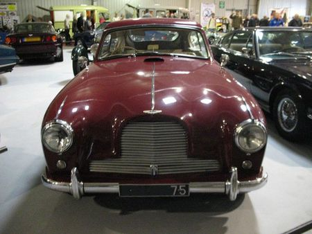 AstonMartinDB2-4av