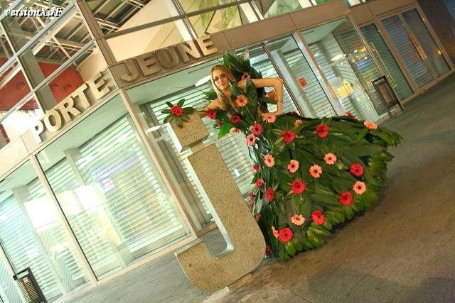 Robe florale v g tale porte jeune mulhouse elactit for Porte jeune mulhouse