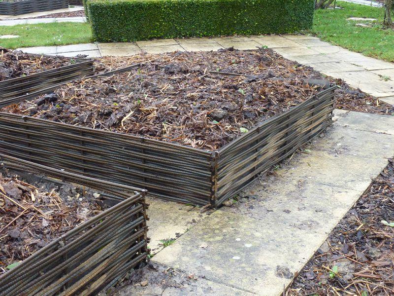 Deco Jardin Fer A Beton >> et voil? le r?sultat , pratiquement indestructible
