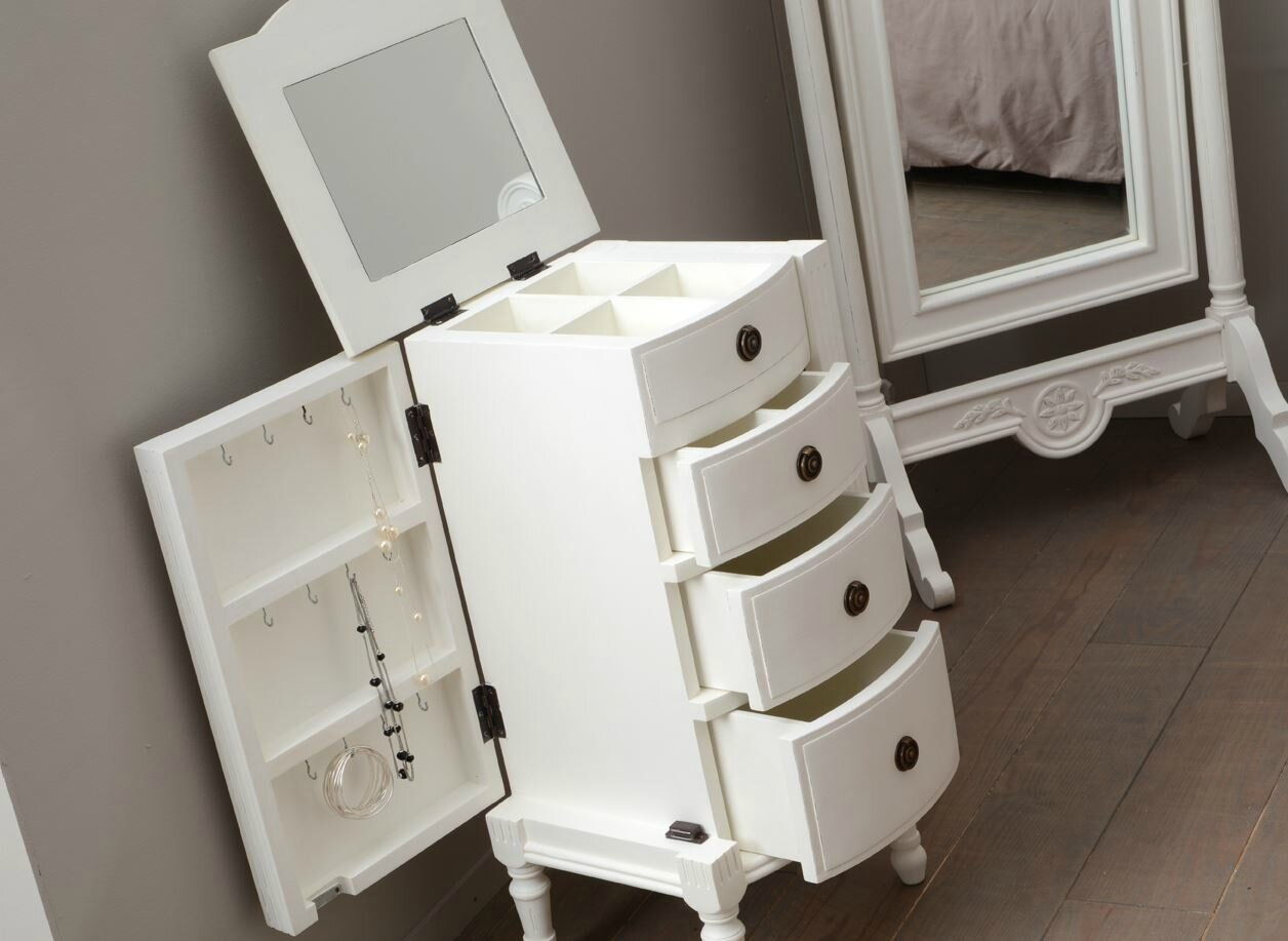 chiffonnier pour les bijoux meubles et d coration amadeus au grenier de juliette. Black Bedroom Furniture Sets. Home Design Ideas