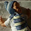 bonnet et écharpe modèle BOBBY taille 3 à 6 mois PRIX 15€