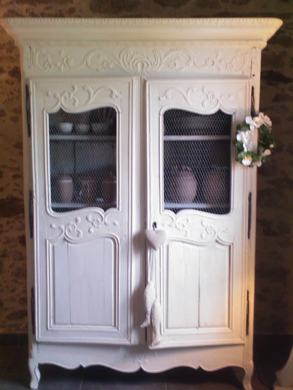 ancienne armoire de mariage avant apr s sur album photo blanche c leste. Black Bedroom Furniture Sets. Home Design Ideas