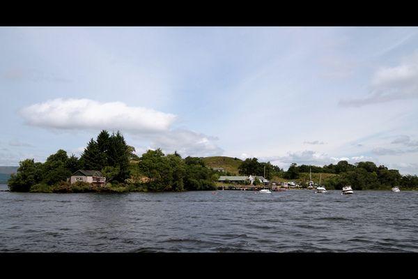 Ile_dans_lac