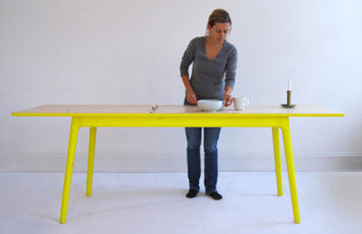 e8_table_by_mathias_hahn_front