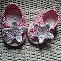 Chaussons bébé motif étoile au crochet pour