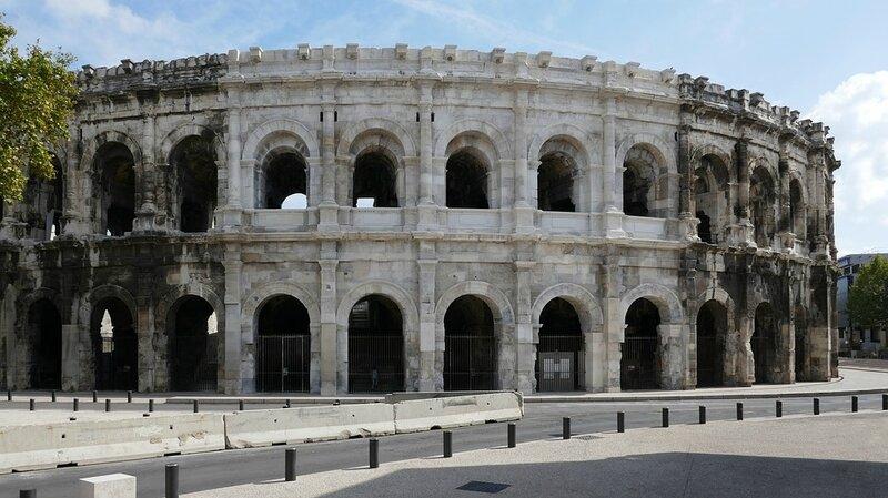 amphitheatre-1807222_960_720