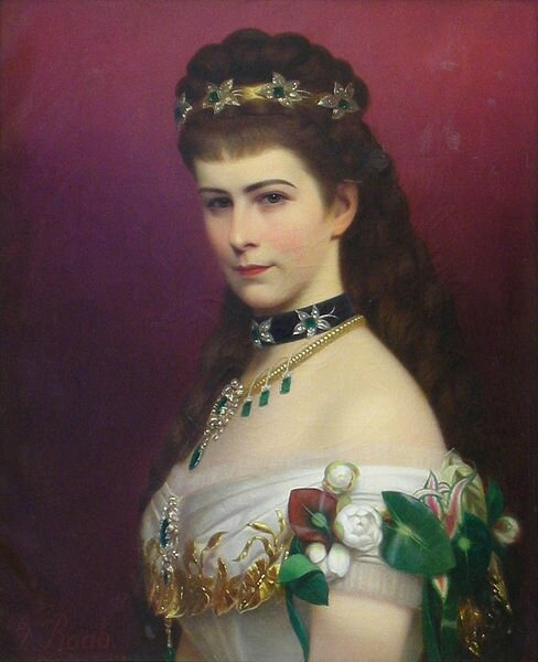 488px-Lwowska_Galeria_Sztuki_-_Georg_Raab_-_Portrait_of_the_Empress_Elizabeth_-_Crop[1]