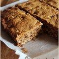 Biscuits/barres au beurre de cacahuète et éclats de chocolat