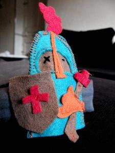 20111219_marionnette_doigt_chevalier