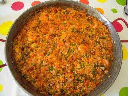 Paella aux petits calamars et crevettes menus propos for Plat simple et convivial
