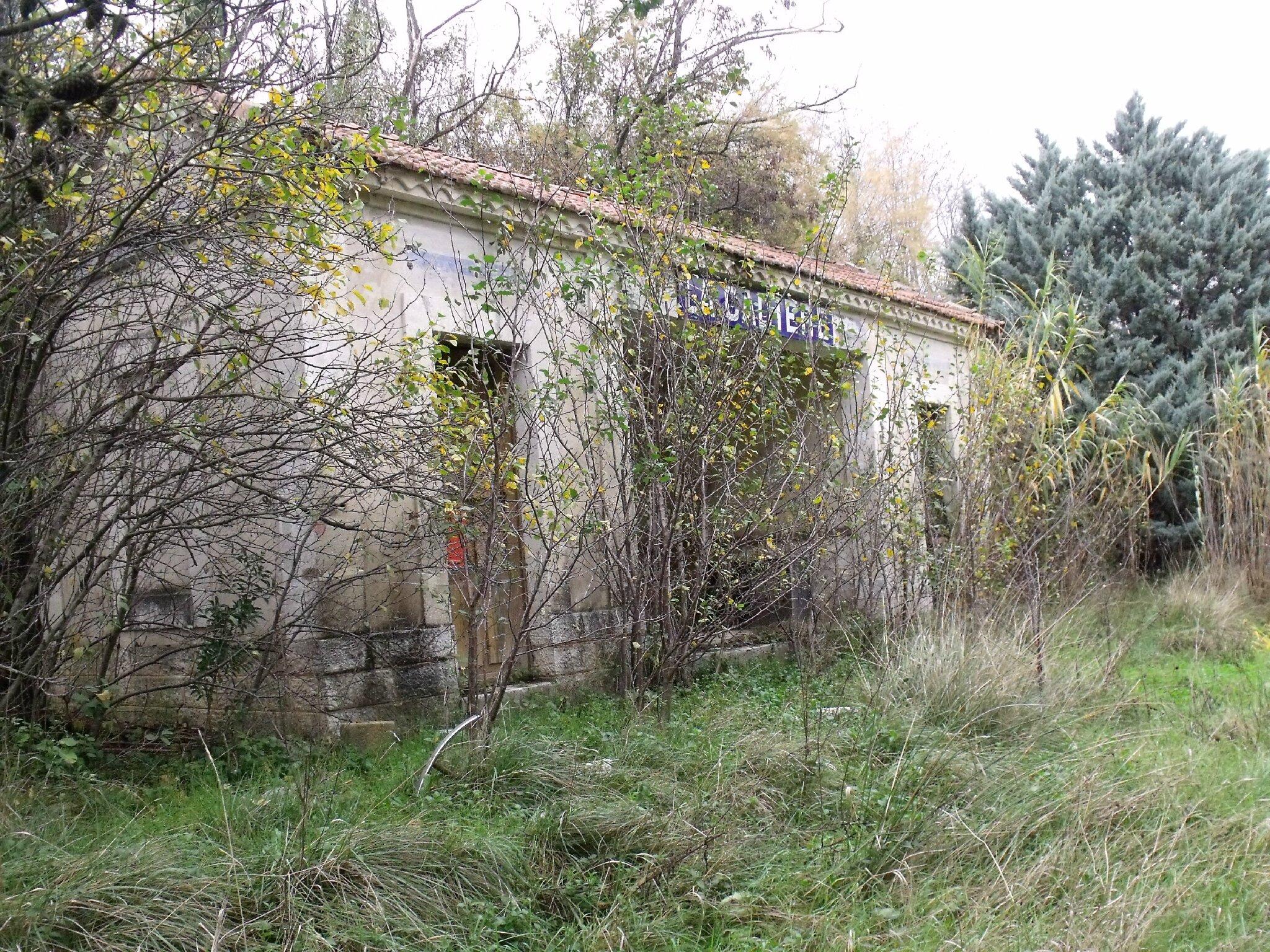 La Cadière (Gard - 30) Abri voyageurs