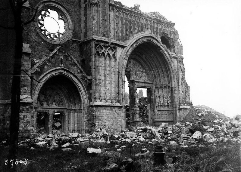 Ruines Cathéd St Martin Ypres1