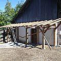 Création d'un auvent en vieux bois