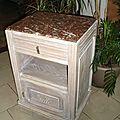table de chevet avec marbre