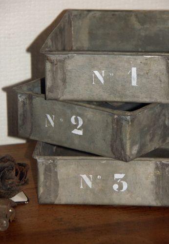 2011-03 Bacs en zinc